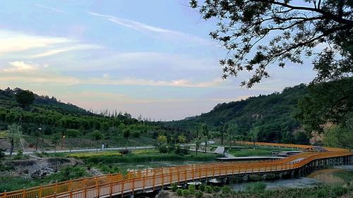 风景点  七星河国家湿地          发布时间:2015-11-22  来源:扶风县
